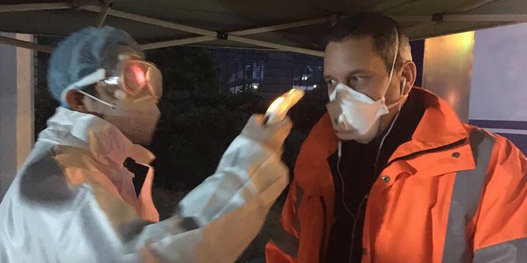 Sieben Österreicher in Chinas Hochrisiko-Zone gefangen