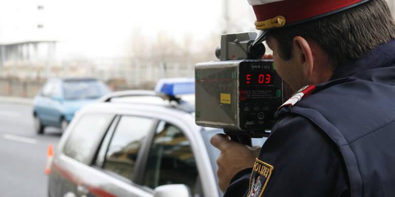 Geniale Verkehrsstrafe für Schnellfahrer