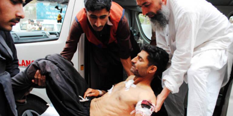 Pakistan: 89 Tote bei Anschlägen