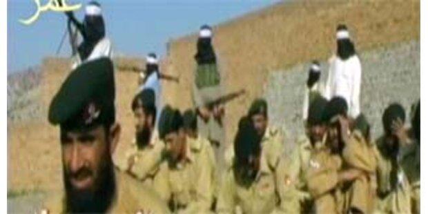 Bis zu 300 pakistanische Soldaten entführt