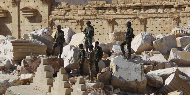 Syrische Armee rückt in Palmyra gegen IS ein