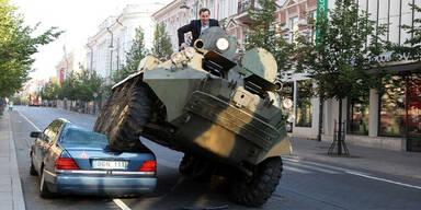 Panzer Falschparker Bürgermeister Vilnius
