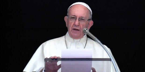 Papst besorgt wegen Homosexualität unter Geistlichen