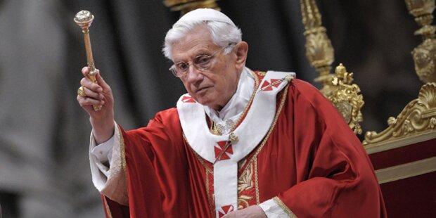 Papst Benedikt XVI wird Leinwand-Star