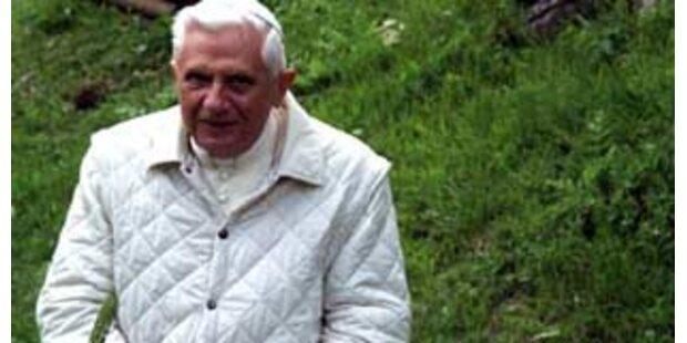 Papst macht Sommerurlaub in Südtirol