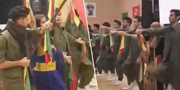 PKK-Parade in Wiener Volkshochschule