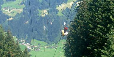 Paragleiter bei Unfall in Vorarlberg schwer verletzt