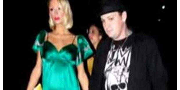 Paris Hilton dementiert Schwangerschaft