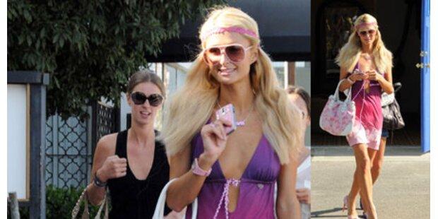 Paris Hilton: Von Kopf bis Fuß in Rosa