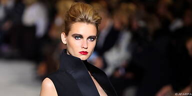 Paris ist wieder Nabel der Modewelt