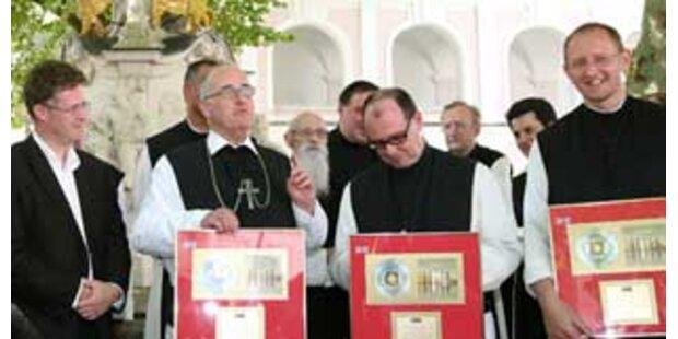 Singende Mönche verkaufen weltweit 400.000 CDs