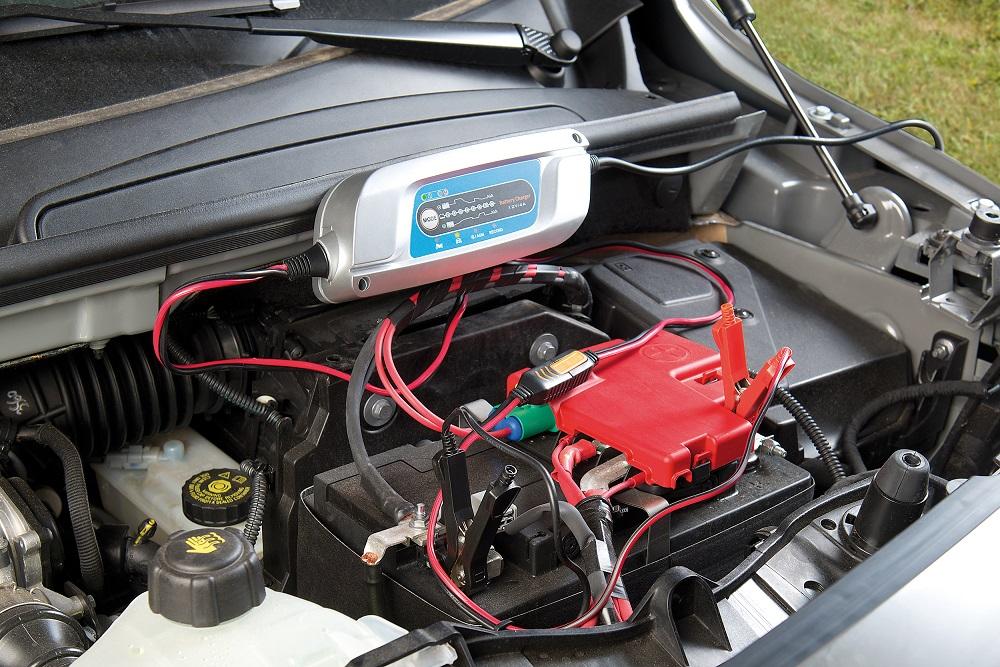 Pearl - ADV - KW40 - Lescars Batterieladegerät - Bild 1