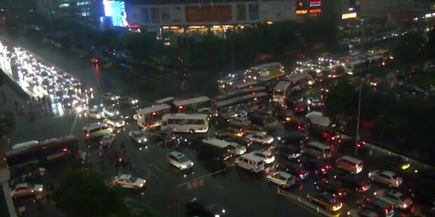 Monsterstau in Chinas Hauptstadt Peking
