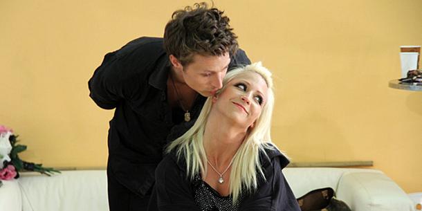 Lukas Perman flirtet mit Tanz-Trainerin