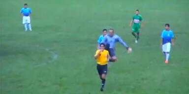 Goalie mit Brutalo-Attacke auf Schiri