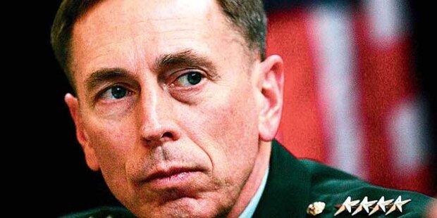 Ex-CIA-Chef bittet um Verzeihung