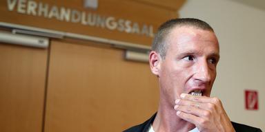 Petzner fordert Mosers Rücktritt