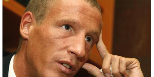 Justiz verlangt Auslieferung Petzners