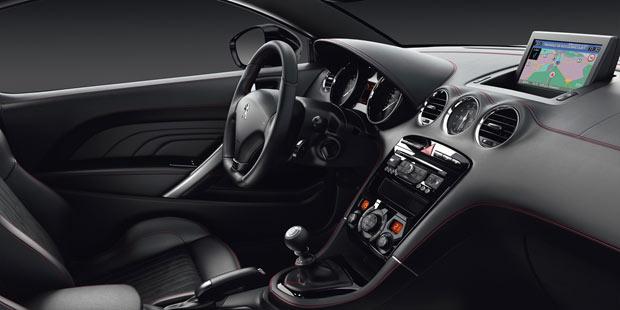 Peugeot bringt den rcz gt line for Peugeot rcz interieur