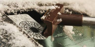 Vorsicht beim Eiskratzen