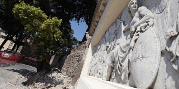 Hitze bringt historische Mauer zum Einsturz