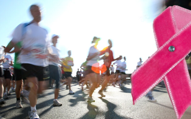 2,5 Kilometer für die Brustkrebshilfe