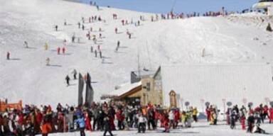 10-Jähriger bei Skiunfall schwer verletzt