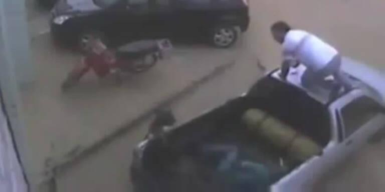 Aggressive Pitbullattacke in USA gefilmt