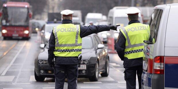 Falsche Polizisten kontrollierten Touristen