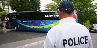 EM Polizei DFB-Bus
