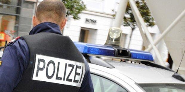 18-jähriger demolierte Polizeiauto
