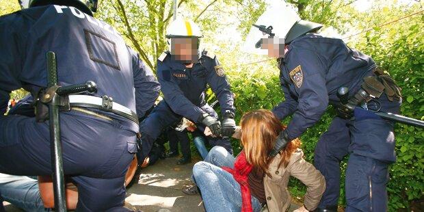 Polizeischüler brach Chinesin drei Rippen