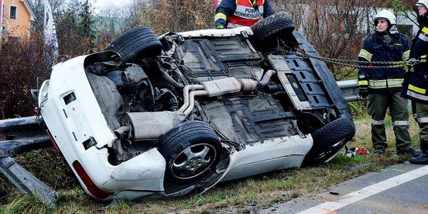 Crash mit Papas Porsche: 3 Verletzte