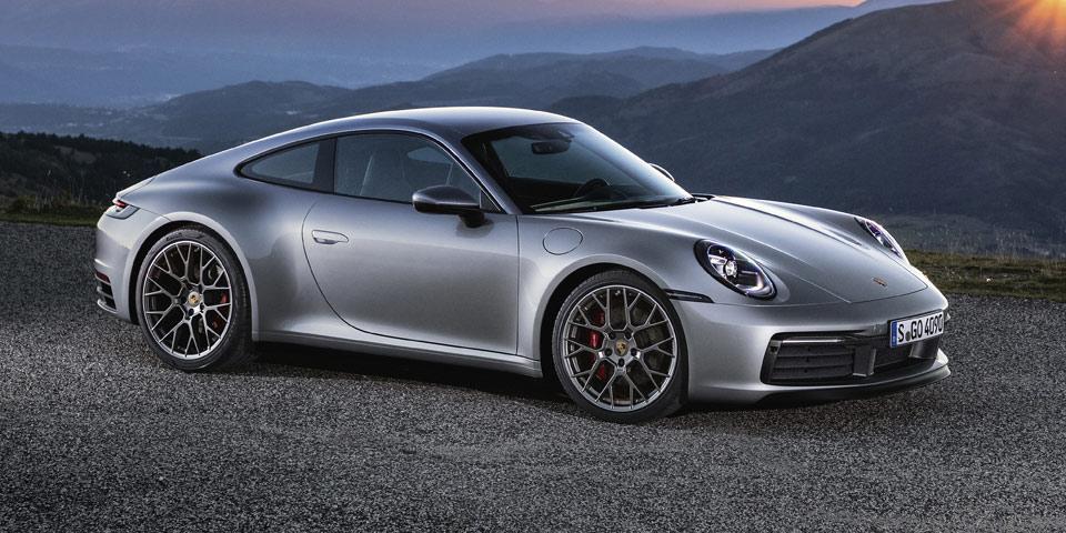 Porsche_911_992-2019-off2.jpg