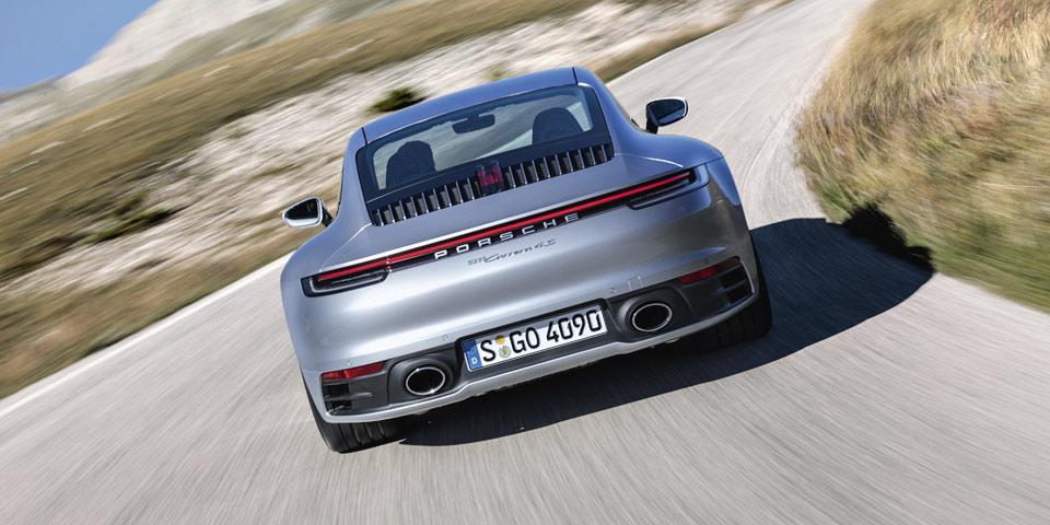 Porsche_911_992-2019-off7.jpg