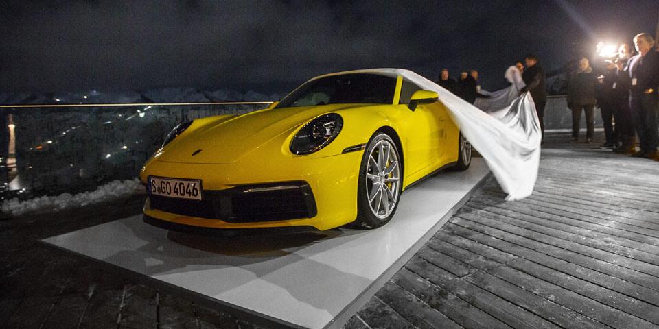 Porsche_911_in_den_Alpen2.jpg