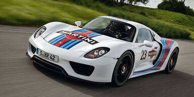 Porsche 918 Spyder im Martini-Racing-Look