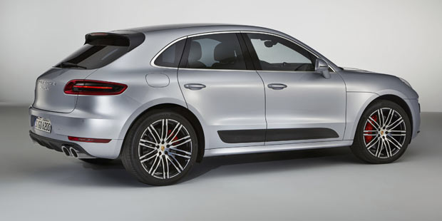Porsche_Macan-Turbo-Perf2.jpg
