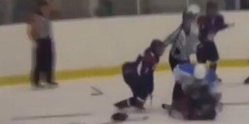 Brutale Szenen: Massen-Schlägerei beim Frauen-Eishockey