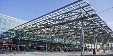 Schildbürgerstreich: Stadt Wien versteckt Drei-Meter-Uhr