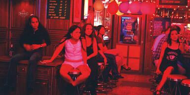 Freier hielten Prostituierte in Haus fest