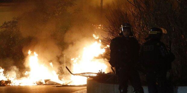 Paris: Proteste gegen Polizeigewalt eskalieren