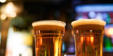Biergärten und Friseure in England wieder offen