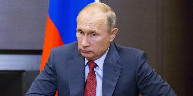 Schweinefleisch für Moslems: Putin mit Lachanfall