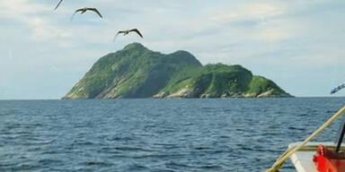 Queimada Island