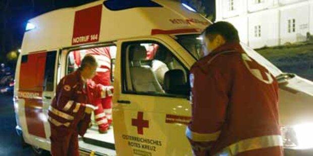 Auto krachte in Linienbus: 4 Verletzte