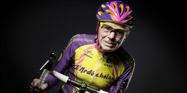 Nach Rennrad-Rekord: 105-Jähriger gibt weiter Vollgas