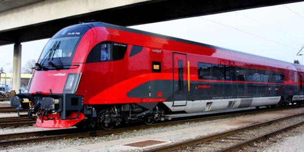 Ostbahn: Lkw blieb in Oberleitung hängen