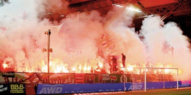 Fußball-Fan steckte Zug in Brand