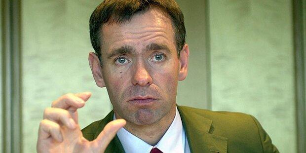72.000 Euro für Ex-Minister Reichhold